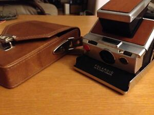 Polaroid SX-70 Land Camera brown