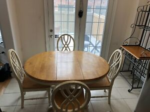 Solid Wood Round/Oval Kitchen Table w/ 6 Wooden Chairs