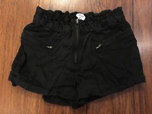 Aritzia Wilfred size 2 XS black shorts