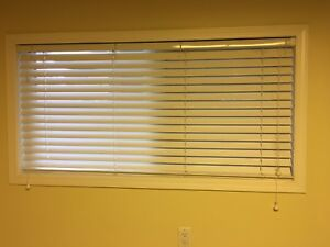 Hunter Douglas Wood Blinds - Various Sizes