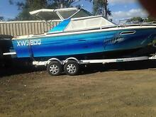 23 ft sea ray with new rear pod, 200 efi merc,boat newly refurb Grandchester Ipswich City Preview