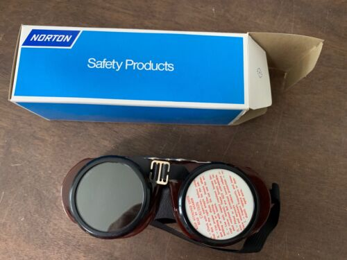 Vintage Norton 5024 Brown Safety Goggles Steampunk Aviator Motorcycle, NOS