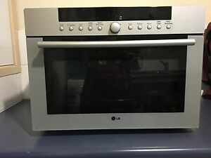 LG SOLARDOM CONVECTION MICROWAVE OVEN 34L Cleveland Redland Area Preview