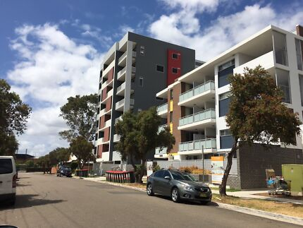 STUNNING ONE BED ROOM APARTMENT IN ROSEHILL