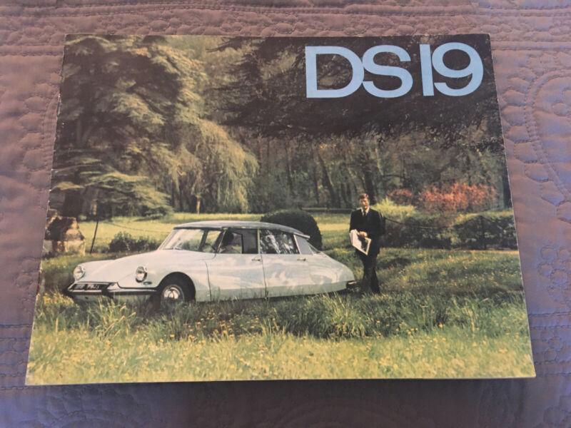CITROEN DS19 SERIES Rare Auto CAR ADVERTISING SALES BROCHURE GUIDE 1964