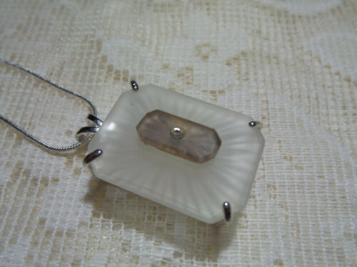 """HANDMADE VINTAGE SUNRAY CRYSTAL FROSTED CAMPHOR GLASS NECKLACE 20"""" EMERALD  CUT"""