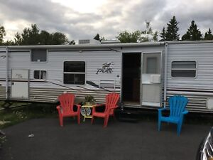 Price reduced: 2006 Puma Palomino Travel Trailer