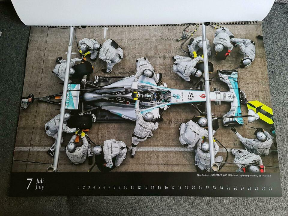 Mercedes Formel 1 Wandkalender 2015 in Nordrhein-Westfalen - Monheim am Rhein