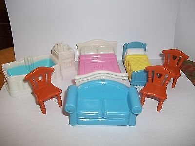 FISHER PRICE SWEET STREETS COUNTRY COTTAGE FURNITURE LOT BEDS BATHTUB CHAIRS