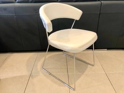Italian white leather Calligaris Icon Chair RRP $395
