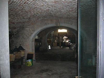 Venetian villa (XVI cent.) pertaining to a fruit & holiday farm