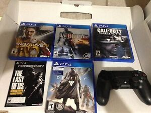 Ps4 mint condition with 5 games