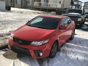 2012 Kia Forte Koup low kms!