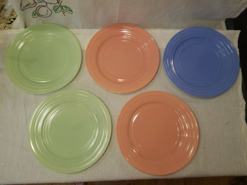 "VTG Hazel Atlas Moderntone Platonite 9"" plates set of 5"