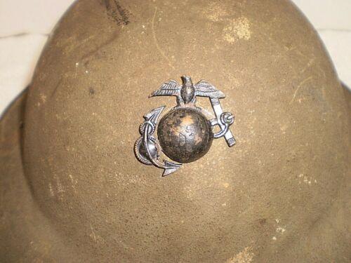 Original U.S. WW1 M17 helmet, ZB55, USMC badge