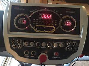 Jazzfit 5002 full size treadmill Cessnock Cessnock Area Preview