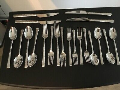 SKANDIA Hampton Forge VALE flatware 20 piece Hammered Stainless -