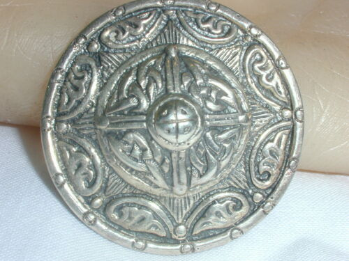 ANTIQUE STERLING SILVER SCOTTISH BROOCH SIGNED DB!
