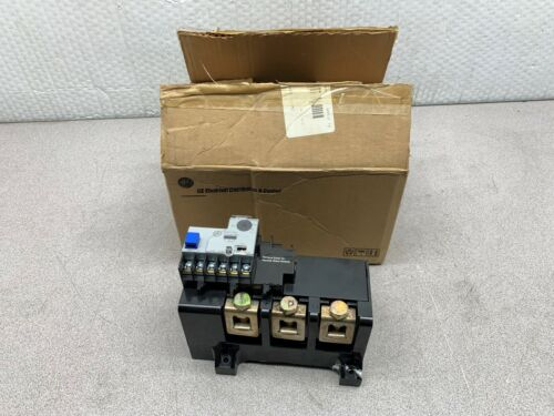 NEW IN BOX GENERAL ELECTRIC SOLID STATE OVERLOAD RELAY CR324FXLS *CHIPPED*
