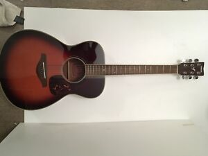 Yamaha Acoustic Guitar FS720S w/ Carry Bag -Discounted!