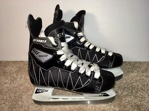 CCM Intruder youth size 13-D Ice Hockey Skates