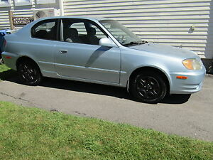 2004 Hyundai Accent Tissu Berline