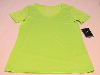 - Nike Womens short sleeve t shirt M Athletic Cut 684683 green 366 training NWT*^