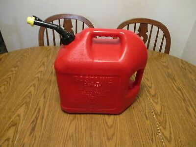 Blitz 5 Gallon Gas Can Self Venting Fast Pouring Spout And Cap