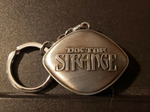 Dr Doctor Strange Pendant Necklace EYE of AGAMOTTO Amulet Keychain KeyRing