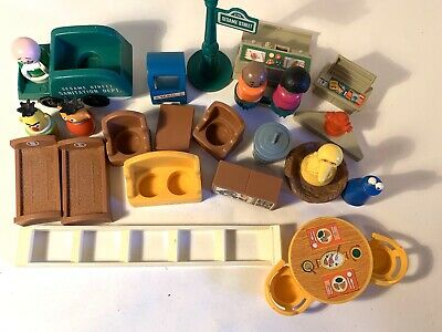 Vintage Fisher Price Little People Sesame Street Pieces Cookie Oscar Ladder Nest