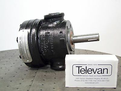 Vickers Hydraulic Pump V-104-c-10 V104c
