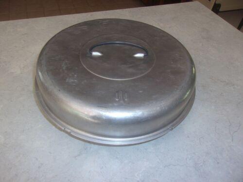 "Vtg Mid century Deco Aluminum Pie Pan & Carrier 11 x 1.5"" Carrying Handle on Top"