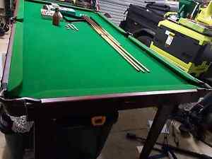1/ 2 size pool table Wattle Grove Liverpool Area Preview