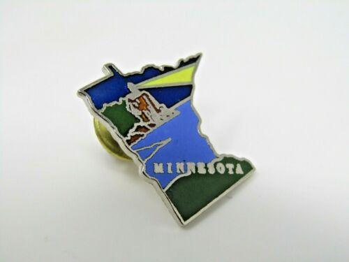 Minnesota Pin Collectible Beautiful Design Lake Lighthouse Blue Nice Quality