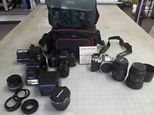 Cannon SLR plus extras Tuncurry Great Lakes Area Preview