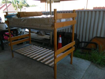 Wooden bunk beds  Willagee Melville Area Preview