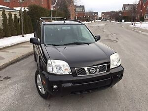 2005 Nissan X-TRAIL LE  AWD fully loaded automatic