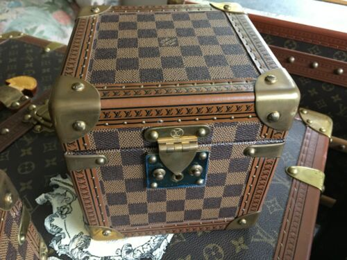 LOUIS VUITTON Monogram jewelry Steamer Trunk chest purse bag LV pm gm key