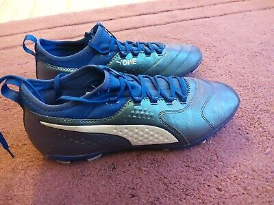 Mens Puma One 2 LTH FG Football Boots  size 10