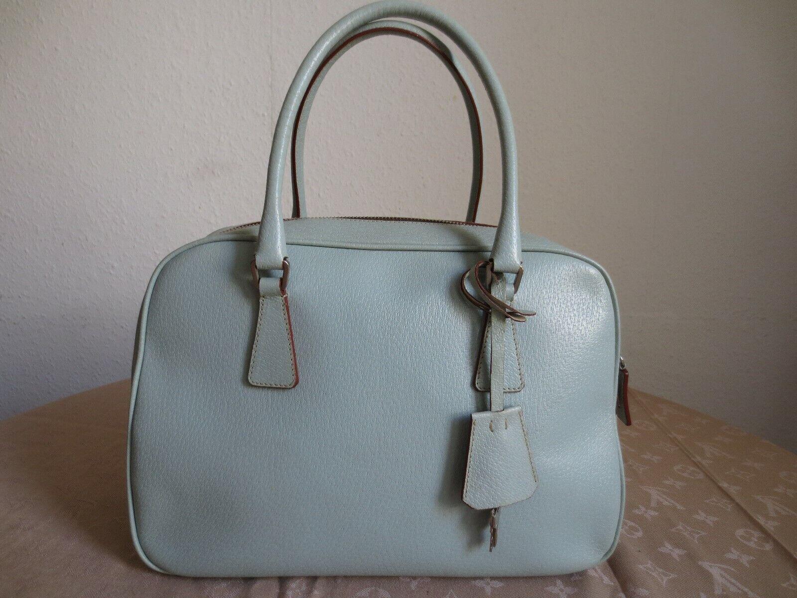 e1eafd01b2028 Prada Handtaschen Damen Test Vergleich +++ Prada Handtaschen Damen ...