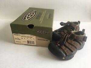 KEEN Toddler Sandals size 8