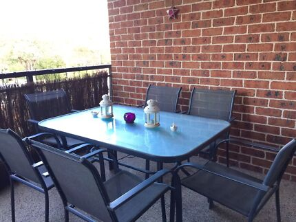 MOVING SALE ::: Outdoor dining set