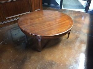DEILCRAFT CHERRY ROUND COFFEE TABLE