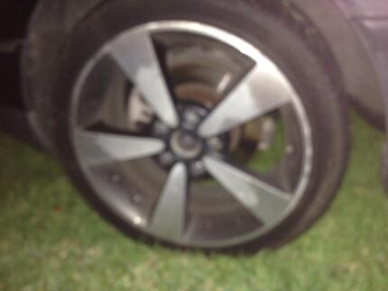 Holden Commodore 18' rims Rosedale Wellington Area Preview