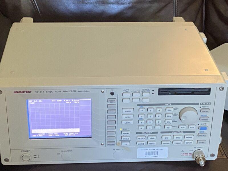 Advantest Spectrum Analyzer R3131A
