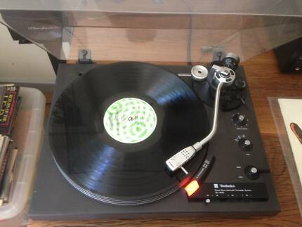 Record Player Technics SL1900 Direct Drive Automatic Turntable