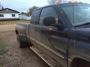 2000 Dodge Ram 3500 dually