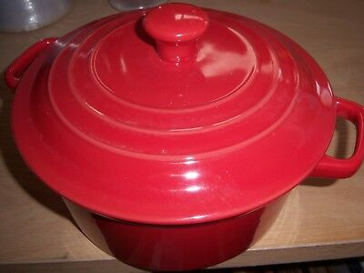 Used, HOMEMAKER 2 LITRE ROUND CASSEROLE  - RED for sale  Shipping to India
