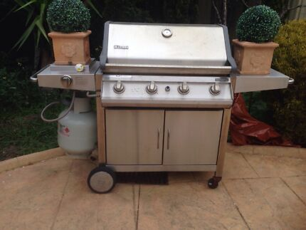 Wanted: 5 burner barbecue