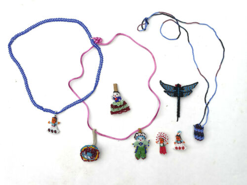 Collection Native American Indian Navajo Beaded Fetish Pendant Necklace  - CO1